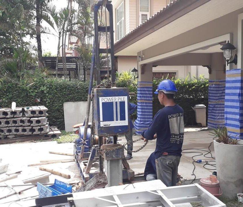 งานต่อเติม หมู่บ้านธนาสิริ บางบัวทอง จ.นนทบุรี เสาเข็มไมโครไพล์ i22 จำนวน 8ต้น